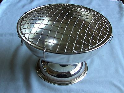"""Viners, Sheffield, England, Silver Plated Large Posy Bowl Height 5"""" Diameter 8"""""""