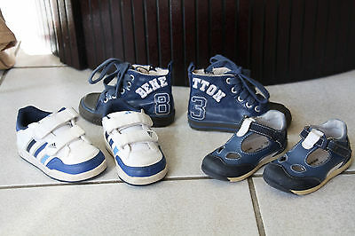 3 paires chaussures cuir T20 et T22. Benetton, Adidas, Petits petons.TBE.