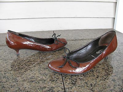 Butter Sz 10 Brown Patent Round Toe Kitten Heel Women's Shoes Made In Italy EUC