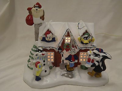 Looney Tunes Porcelain Lighted Christmas House First in Series Daffy Bugs Taz