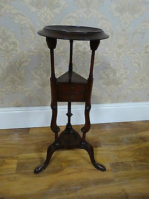 Fabulous quality George III style Mahogany Wash Stand, lamp or plant stand