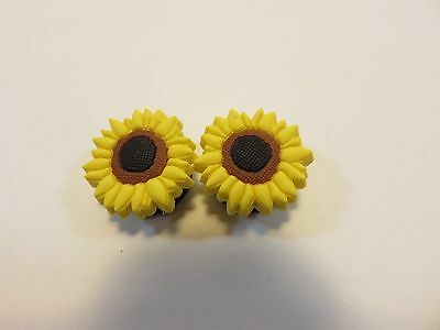 Jibbitz Shoe Accessories Lot of 2 Yellow Sunflower Charms; New without Tags