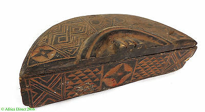 Kuba Lidded Box Crescent  Geometric Patterns African Art