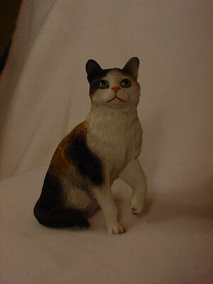 CALICO CAT FIGURINE kitty kitten HAND PAINTED Resin STATUE Collectible NEW