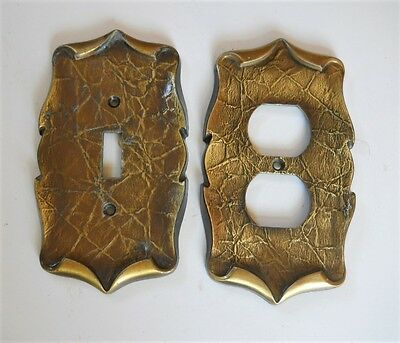 VINTAGE AMEROCK CARRIAGE HOUSE SWITCH & OUTLET PLATE COVERS.Lot of (2)