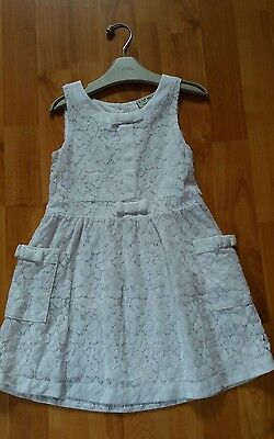 girls next white dress.age 4-5.
