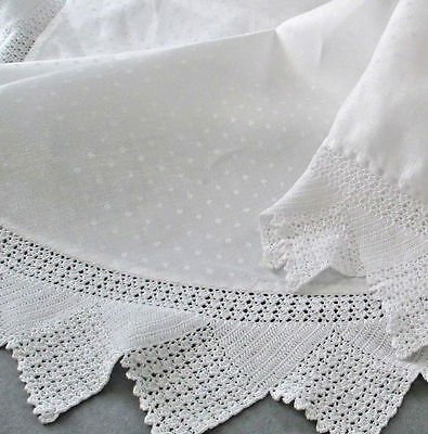 """Vintage OVAL Tablecloth Dotted Damask LINEN Handmade CROCHET LACE Trim 78"""" X 56"""""""