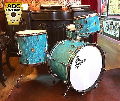 Gretsch USA Custom Drum Kit: Ltd Ed Aqua Satin Flame 4pc (12/14/20/14 Snare)