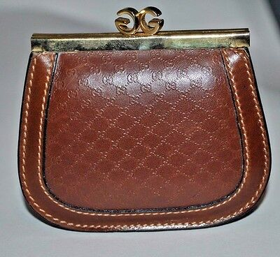 VINTAGE GUCCI Brown LEATHER COIN PURSE W/ TWO COMPARTMENTS & GG KISS LOCK