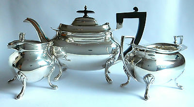 Walker and Hall, Solid Sterling Silver Art Deco Tea Set, Dated 1918, 1236 Grams