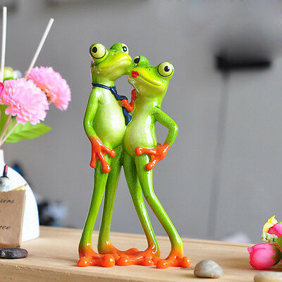 "Novelty Cute Frog Figurines--""Lover Green Resin Frogs"" Desk Decor Sculpture 08"