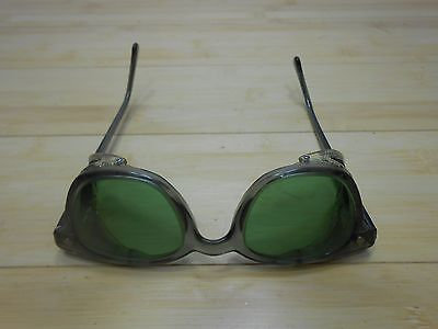 American Optical AO Sunglasses Vintage Motorcycle Safety Glasses Green Lens Box