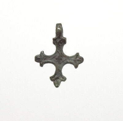 Very elegant Tin Bronze Viking Age cross pendant. .ca 10-13 centuries.