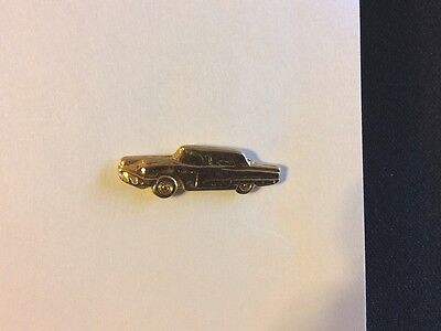 1958 Ford Thunderbird Hat / Lapel Pin – brass colored