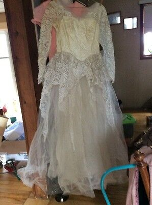 Vintage 1950's 50s  Ivory Tulle Satin Lace Wedding Dress Gown Size S As Is
