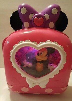 DISNEY MINNIE MOUSE BOW-TIQUE MINNIE'S FASHION ON-THE-GO t13