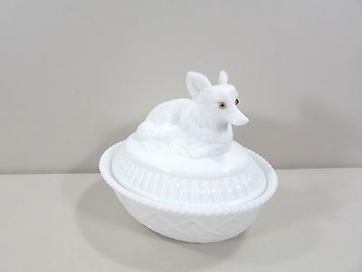 Westmoreland Milk GlassFox with Glass Eyes Covered Dish Box