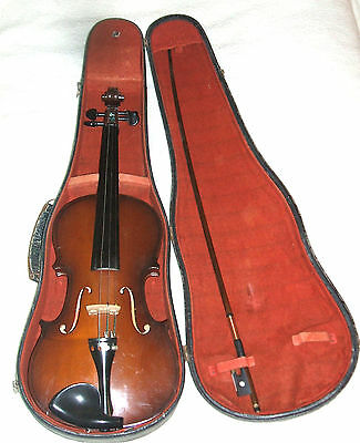 Violin Full size 23.5 ins 4/4 Parrot with bow VGC
