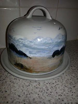 Hand Painted Highland Stoneware Scotland Cheese Dome & Underplate Unused