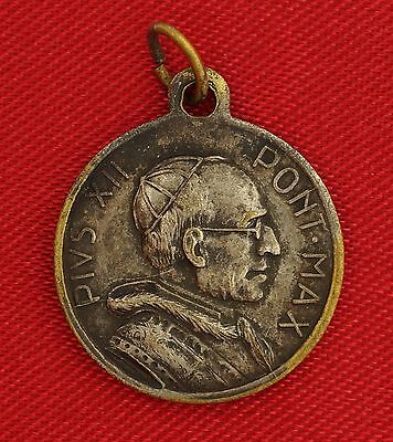 Vintage POPE PIUS XII Medal  ANNO SANTO 1950 HOLY YEAR Religious Medal