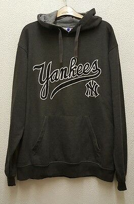 Majestic Athletic Men's New York Yankees Grey Hoodie Size XL.