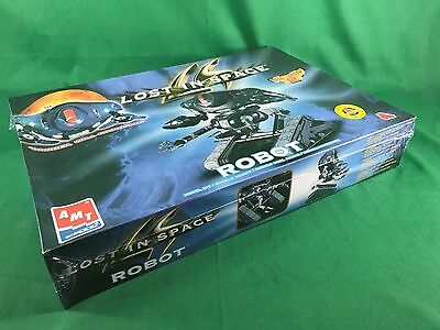 1998 AMT Ertl Lost in Space Robot Plastic Model Kit NEW in Sealed Box