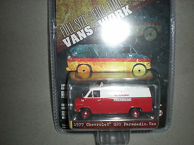 1/64th Greenlight 1977 Chevrolet G20 Paramedic Van