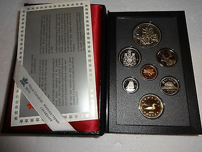 Royal Canadian Mint 1990 Proof Set With Silver Dollar