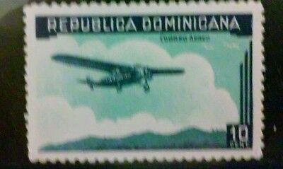 Dominican Republic Airmail MH stamp