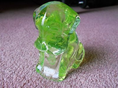 Boyd Glass MADE in 1980's Pooch Pooche Dog  Vaseline Uranium  MINT Condition