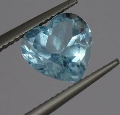 ***Beautiful Natural 2.9ct Blue Topaz Heart Cut Gemstone***