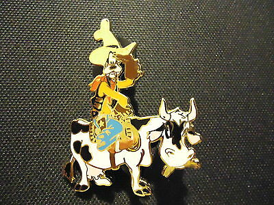 Disney Auctions (P.i.n.s.) Cowboy Goofy On Cow Pin Le 500