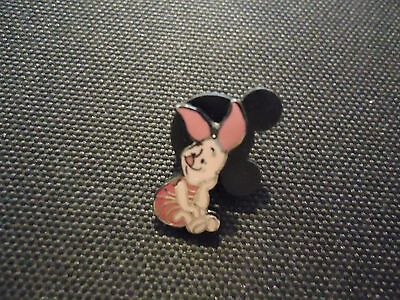 Disney Dlr Gwp Pooh 100 Acre Woods Piglet Map Pin