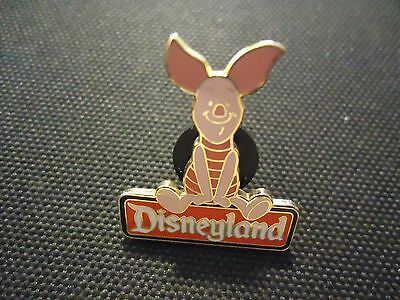 Disney Dlr Disneyland Character Sign Series Piglet Pin