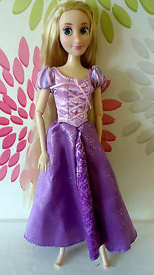 "**Disney Store Princess Rapunzel Tangled Classic 12"" Doll **Fab Condition**"
