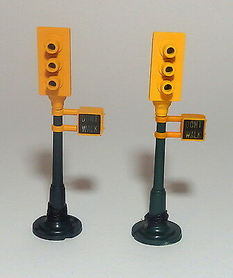 LIFE LIKE TRAFFIC SIGNALS  qty 2     O Scale  On30 On3   TESTED