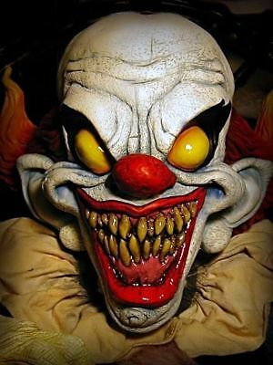 Halloween Dark Carnival Cadaver Clown Mezco Spencer exclusive Pennywise Scary