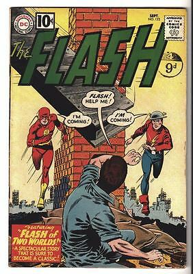 DC Comics FN- 5.5 FLASH  #123  JLA  batman 1960  Two Worlds meets Golden age