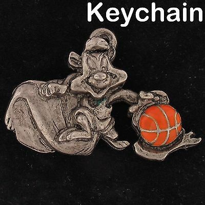 KEYCHAIN Pepe Le Pew WARNER BROS LOONEY TUNES WB STORE Pwtr BASKETBALL 4266