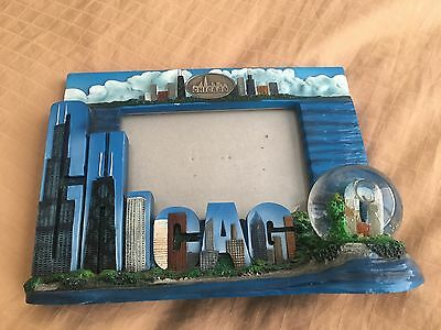 Chicago Souvenir Picture Frame Skyline with Glass Globe