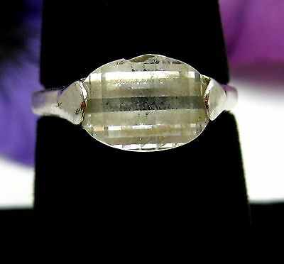 FACETED GLASS FRONT Dome Shaped  RING Vintage Silvertone Size 8 1/4 Chip