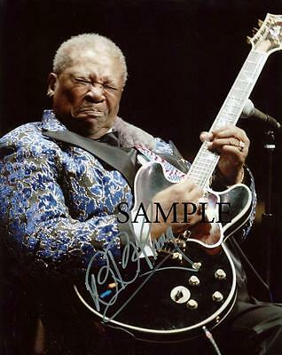 Bb King #2 Reprint Autographed Photo Picture Signed 8X10 Christmas Gift Man Cave