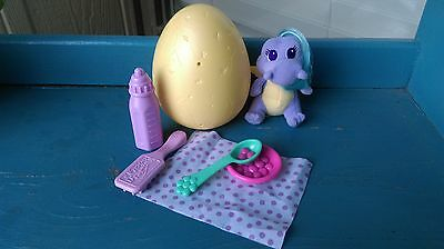 DRAGON TALES BABIES Egg Yellow Baby with Accessories