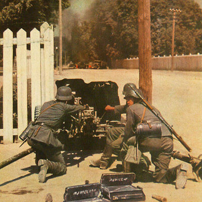 Wehrmacht Combat COLOR WW2 Photo Book 1943 w/80 pictures in Agfacolor Waffen-SS