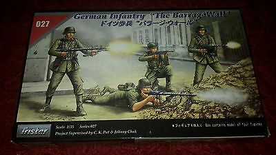 """German Infantry """"The Barrage Wall""""  1:35 Tristar"""