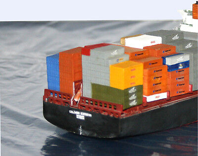 """Containerstapel für Containerschiff """"Colombo Express"""" Set2, M 1:700"""