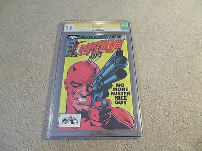 Daredevil #184 Frank Miller Punisher CGC SS 9.8 Stan Lee 1982 White Pages