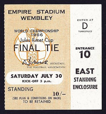 1966 World Cup Final ENGLAND v WEST GERMANY Excellent Condition Ticket + Wallet