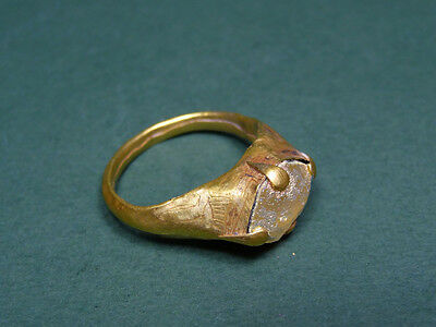 Ancient Ring Gold & Glass  Magical Eye Golden Patina Roman 300-500 Ad