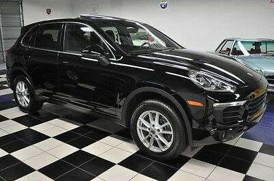 2016 Porsche Cayenne PREMIUM PACK - INFOTAINMENT PACK - LANE ASSISTANCE BRAND NEW, PRISTINE CONDITION - NICE OPTIONS - DESIRABLE BLACK/BLACK